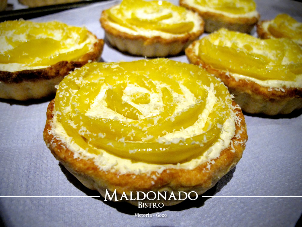 Mango & White Chocolate Mousse Tart